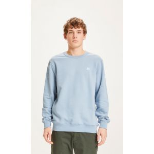 knowledge-cotton-apparel-elm-basic-badge-sweat-asley-blue-1
